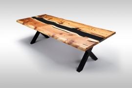 Massivholztisch aus Rotzedern mit Epoxidharz UN079