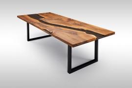 Massivholz Nusstisch mit Epoxidharz UN074