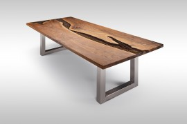 Tisch mit Epoxidharz aus Walnussholz UN072