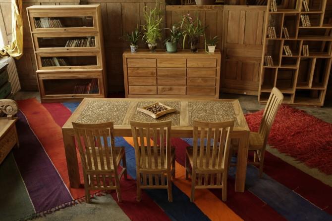 Massivholzmöbel Indoor