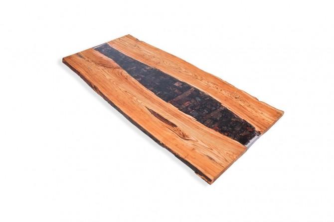 epoxidharz tischplatte, epoxidharz, kunstharz tisch, vollholz tischplatte, tischplatte nachmass, massivholzmöbel, tische mit epoxidharz,