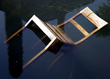 Der schwimmende Stuhl